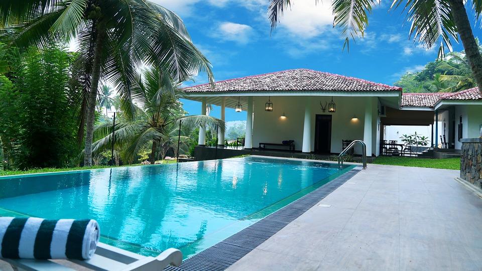 dom s bazénom