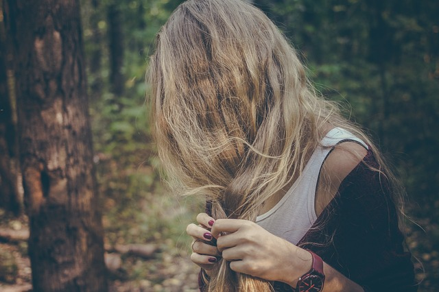 zamotané vlasy